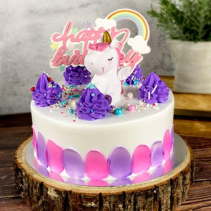 Pastel Unicorn Cake